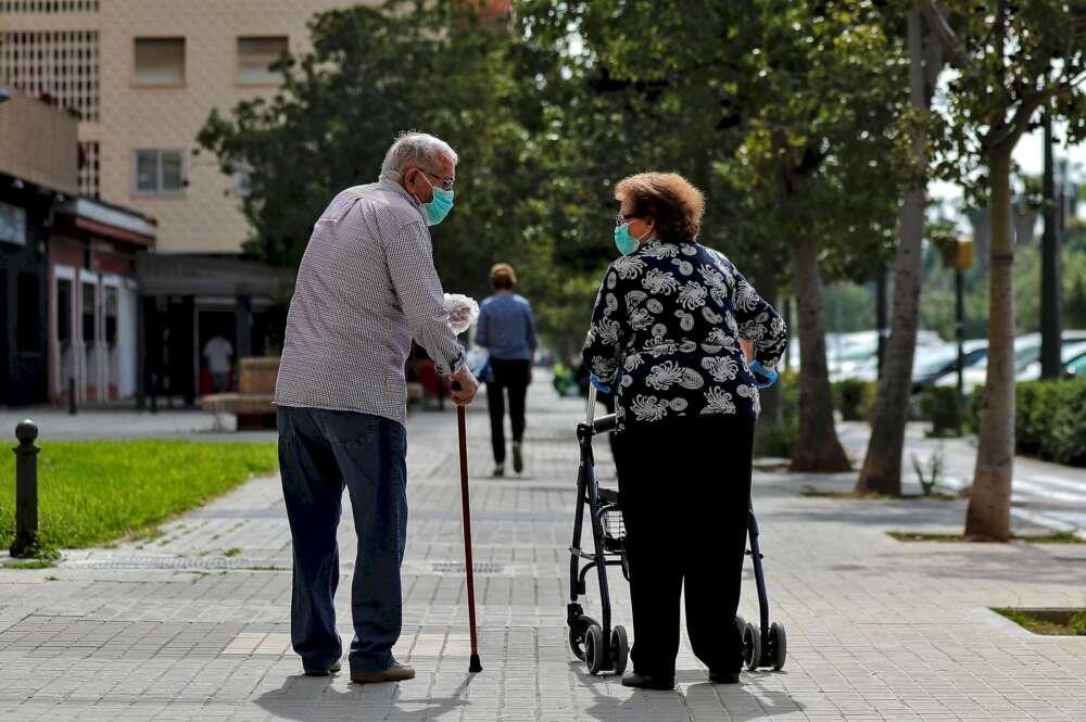 Ocho usuarios infectados en una residencia de A Coruña