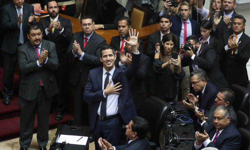 Ferroatlántica, con planta en Venezuela, alienta la caída de Maduro
