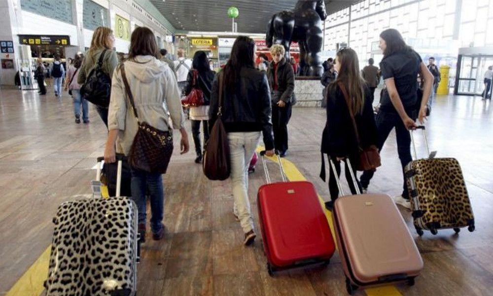 Galicia perdió 65.000 jóvenes activos en cuatro años