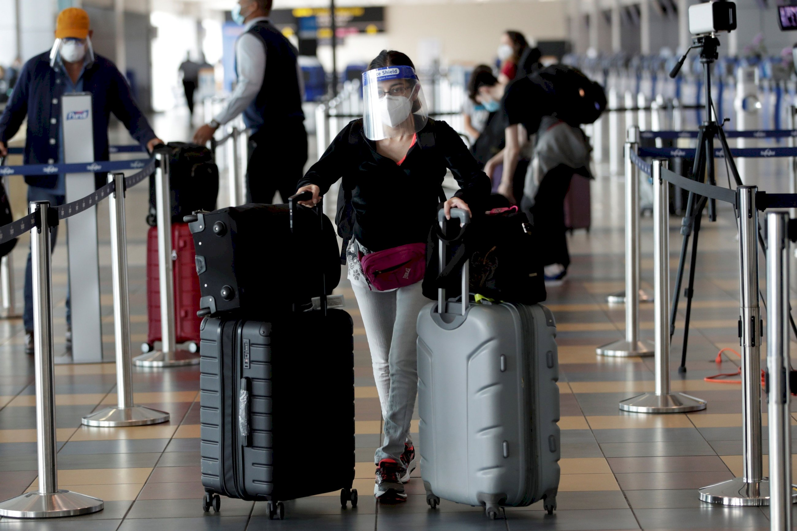 Las agencias de viaje reclaman 400M a las aerolíneas