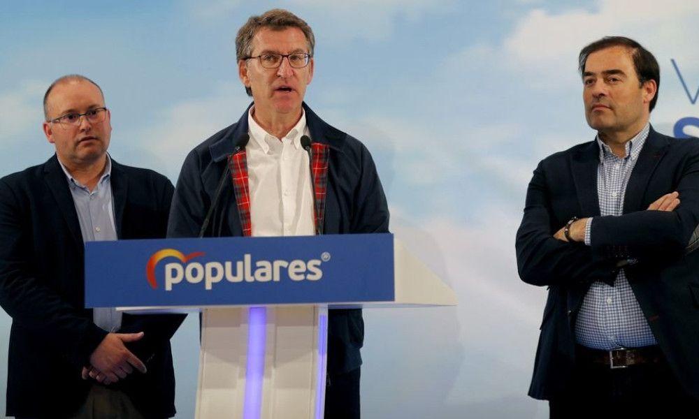 Feijoo resiste a Ciudadanos y Vox pero claudica ante Pedro Sánchez