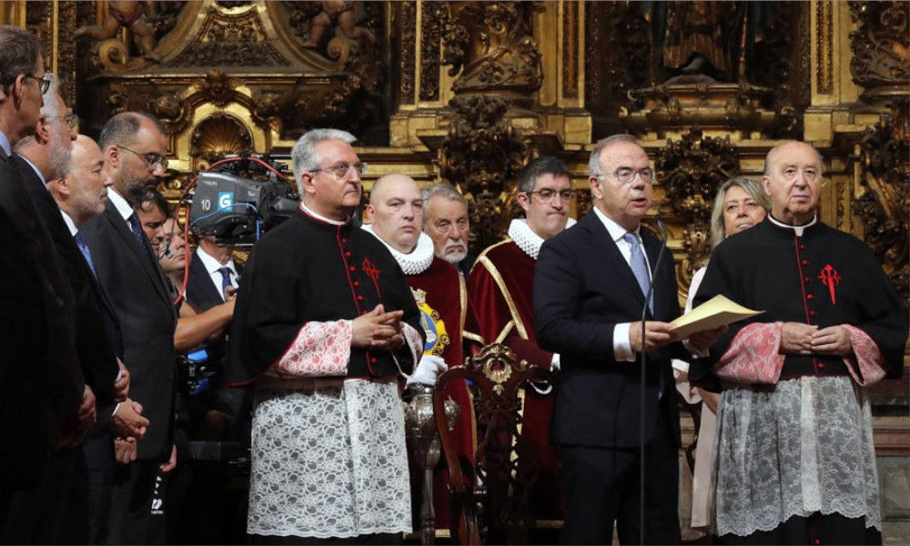 La nueva Santiago vuelve a misa y abandona la tasa turística