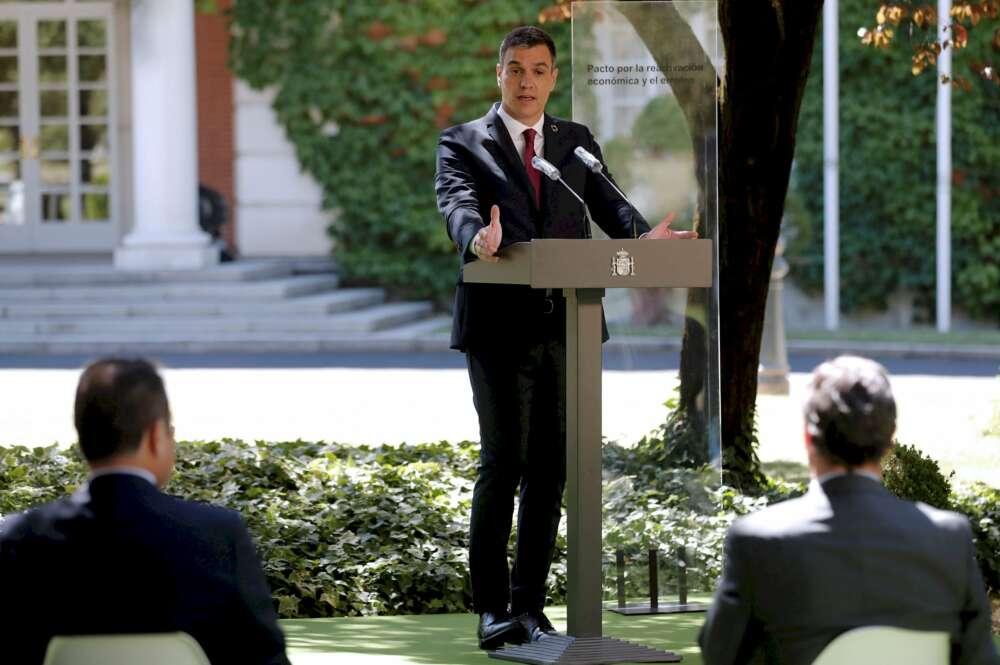Sánchez aprueba el plan renove tras encallarse entre dos ministras