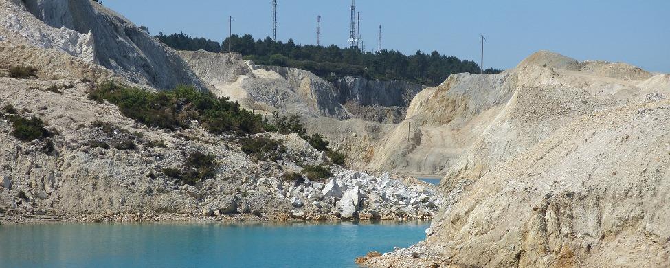 El juez ordena disolver Leitosa, la minera del Monte Neme que recibió 600.000 euros en ayudas