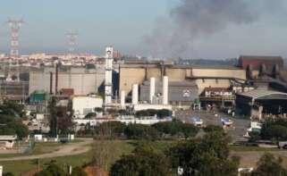 Emisiones de la planta de Megasa en O Seixal / Os Contaminados (Facebook)