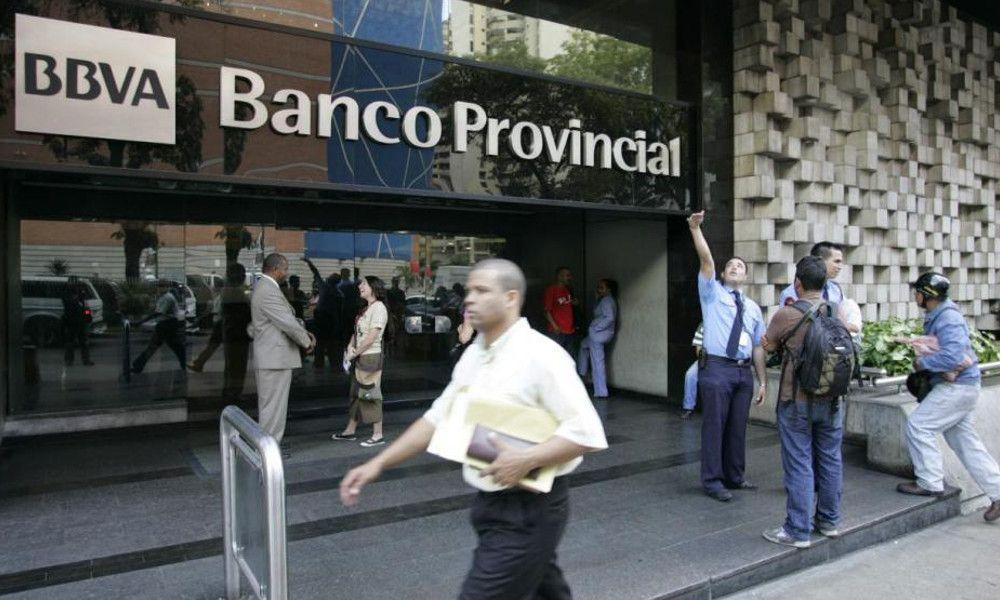 Santander y BBVA en Venezuela: uno nacionalizado y otro amenazado