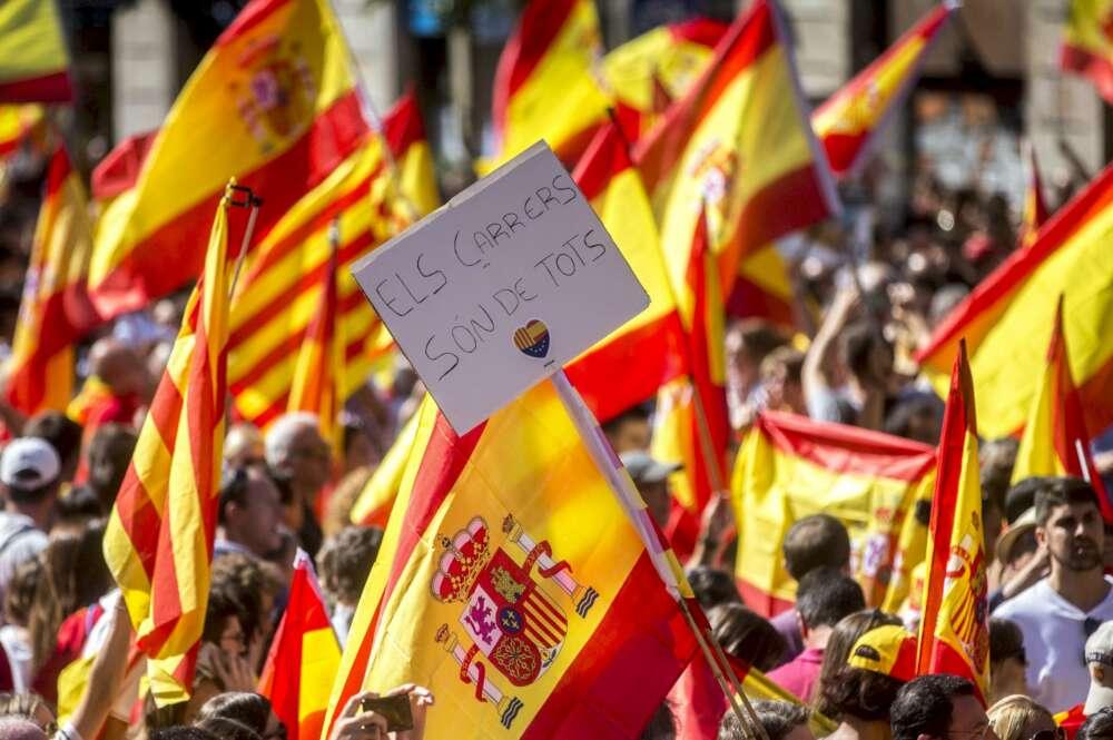 Tierra, país y patria: relato escéptico de dos manifestaciones