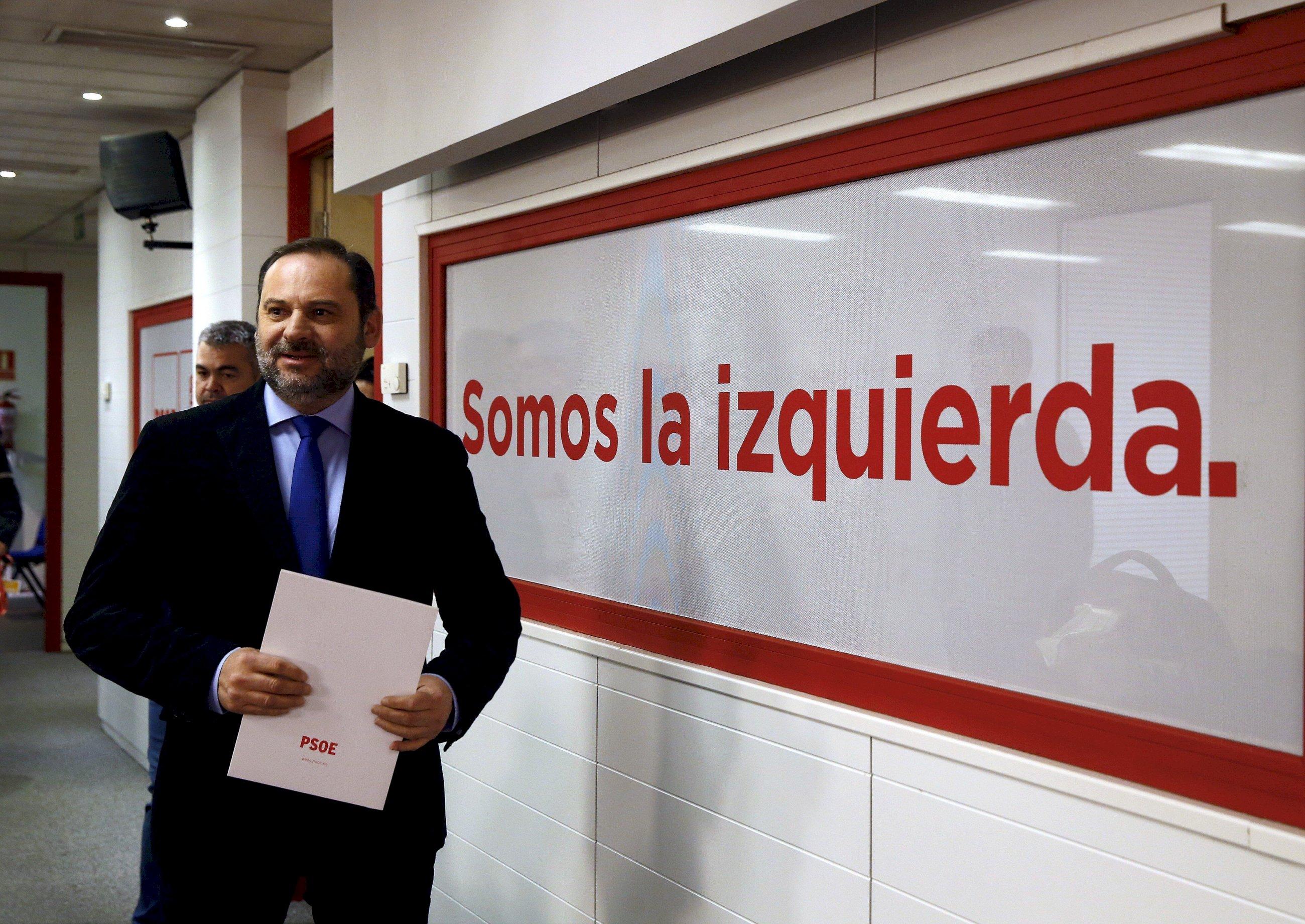El PSOE se suma al 'pressing Arrimadas'