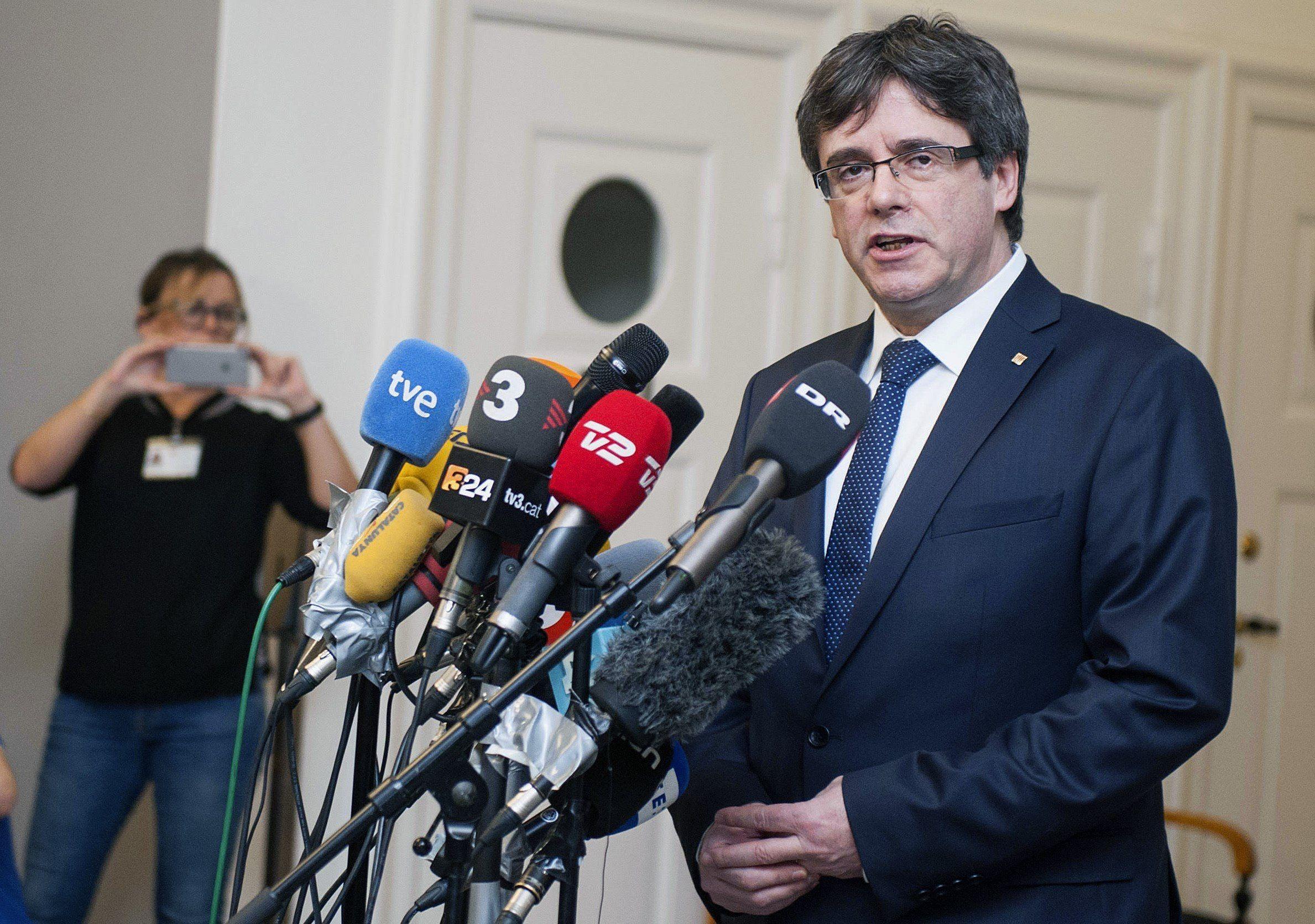 Una resolución impecable del Constitucional bloquea el fraude de Puigdemont
