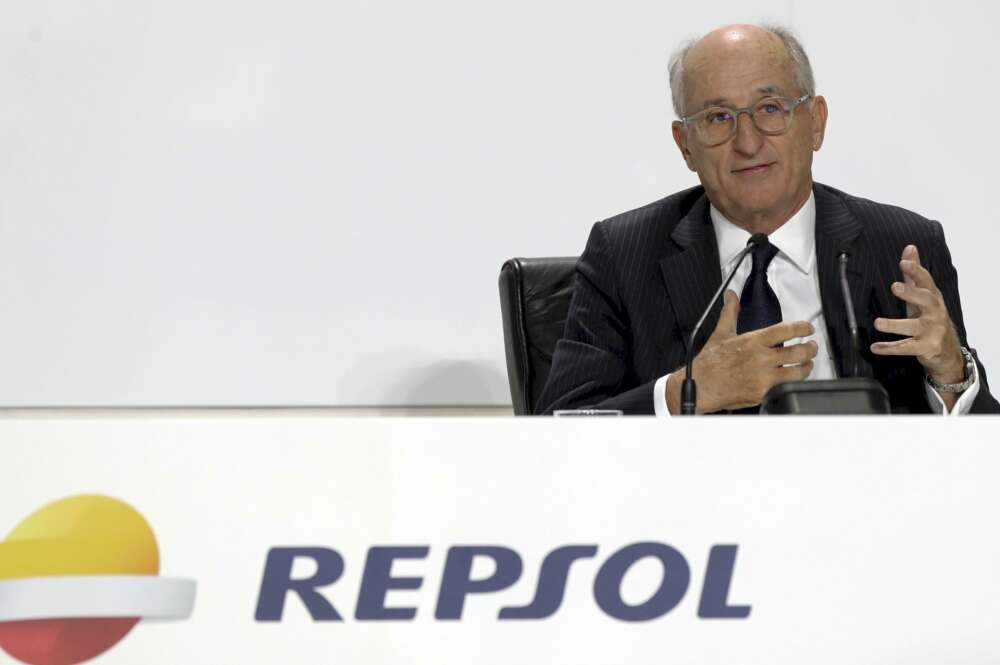 Repsol asegura que seguirá operando con Venezuela