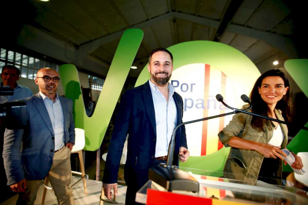 Vox critica a Feijóo pero abre la puerta a negociar