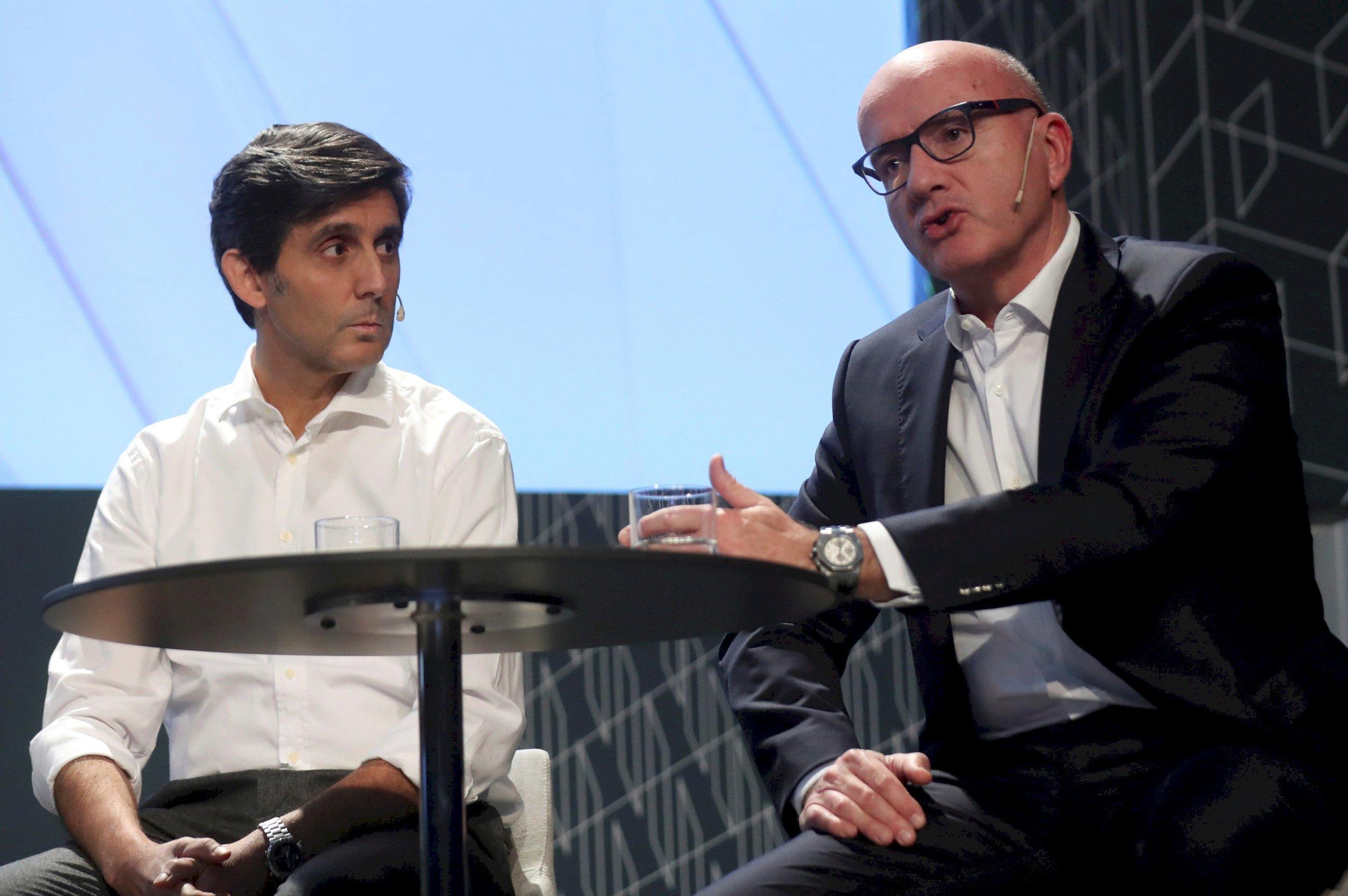 Telefónica se agarra a Europa y Brasil con 279M más
