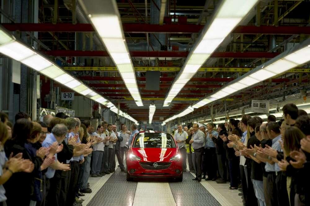 Stellantis prepara el traslado de trabajadores por el parón de las fábricas