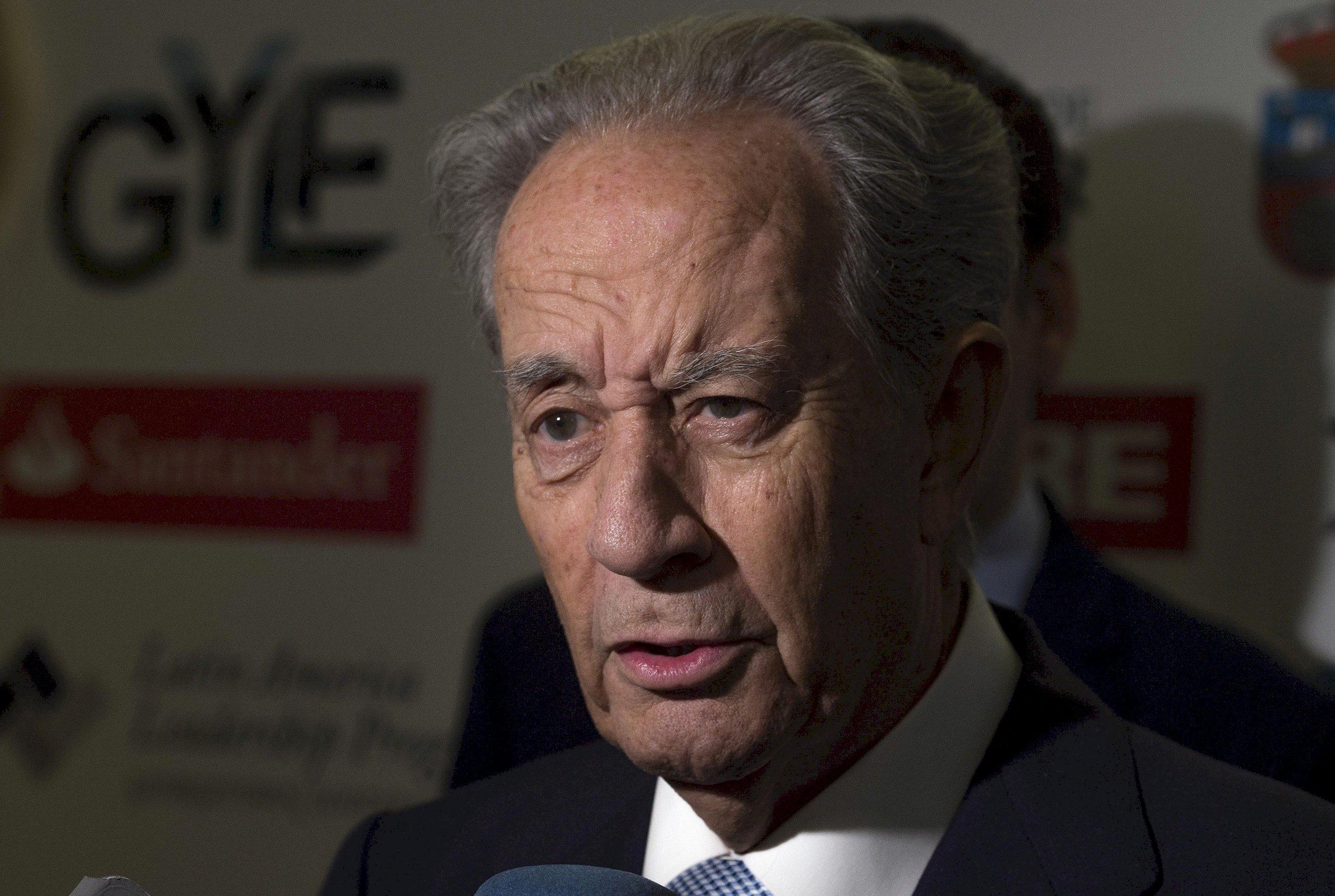 La retirada de Villar Mir: cede el control de OHL tras veinte años