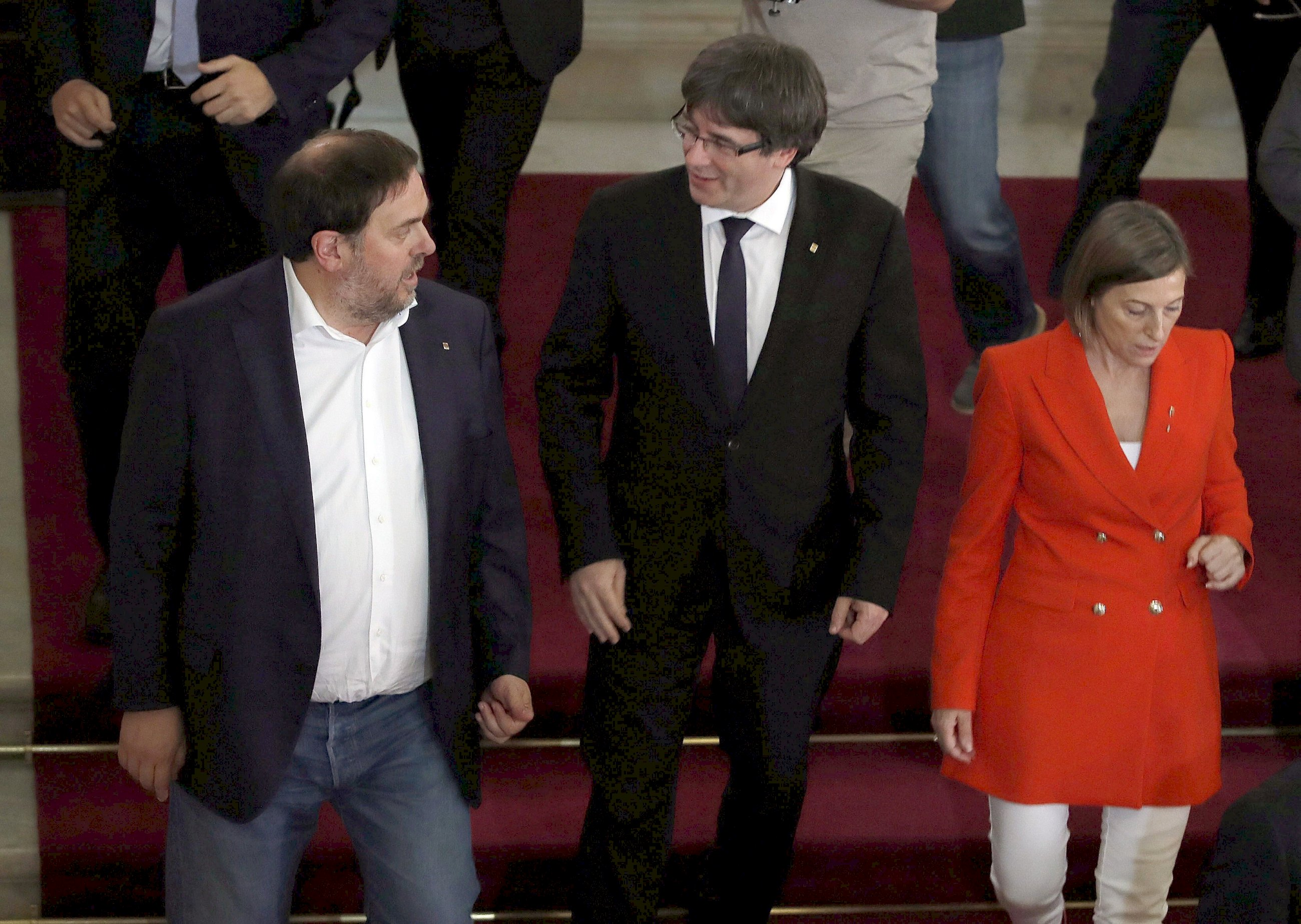Puigdemont provoca una guerra interna en el bloque soberanista