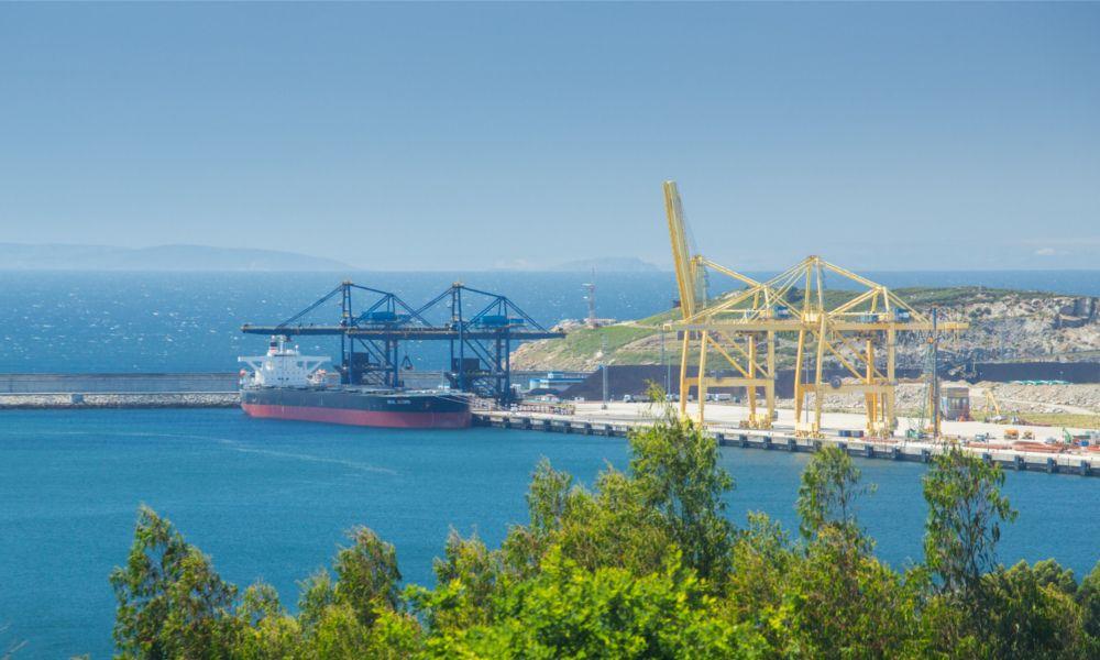 Guerra entre Acciona y Copasa en el puerto exterior de Ferrol