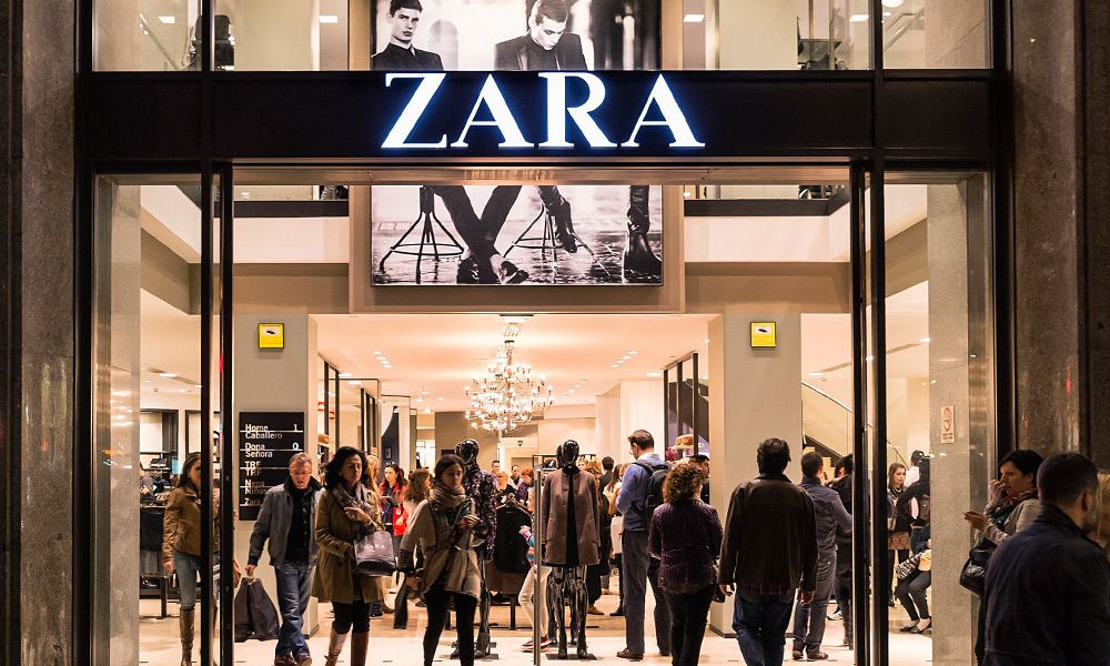 """Protestas contra Zara en A Coruña por """"contratación fraudulenta"""" en las tiendas"""