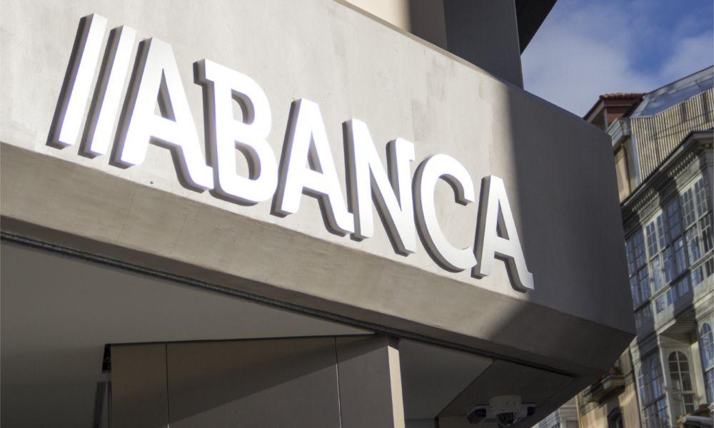 Abanca compra la red de Deutsche Bank en Portugal