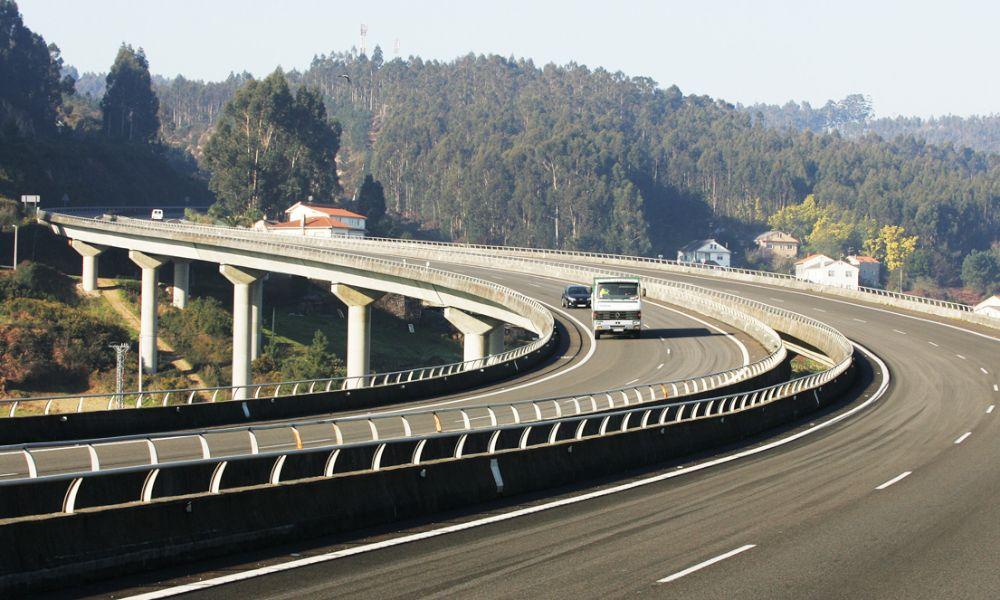 La concesionaria de la AP-9 saca oro de Autoestradas de Galicia