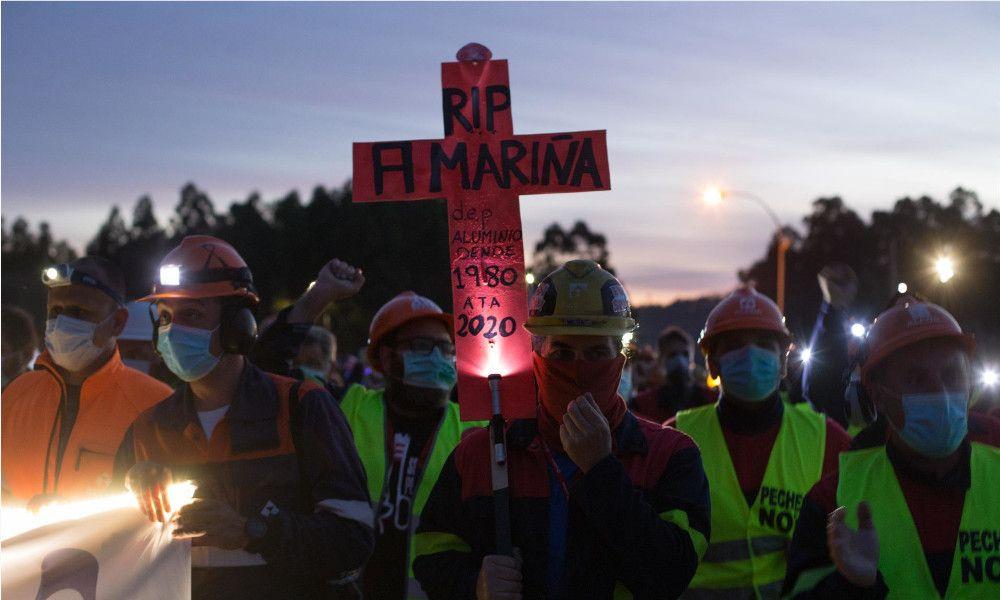 Asfixia en Alcoa: lanza un plan de ajustes para ahorrar 330 millones