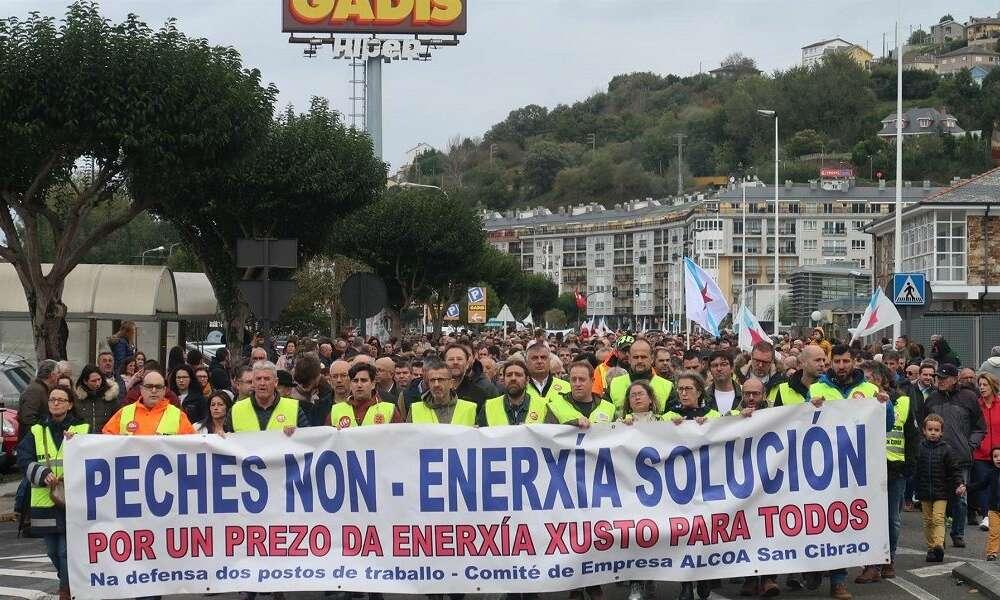 El alcalde de Cervo alerta: el estatuto aboca a Alcoa al cierre