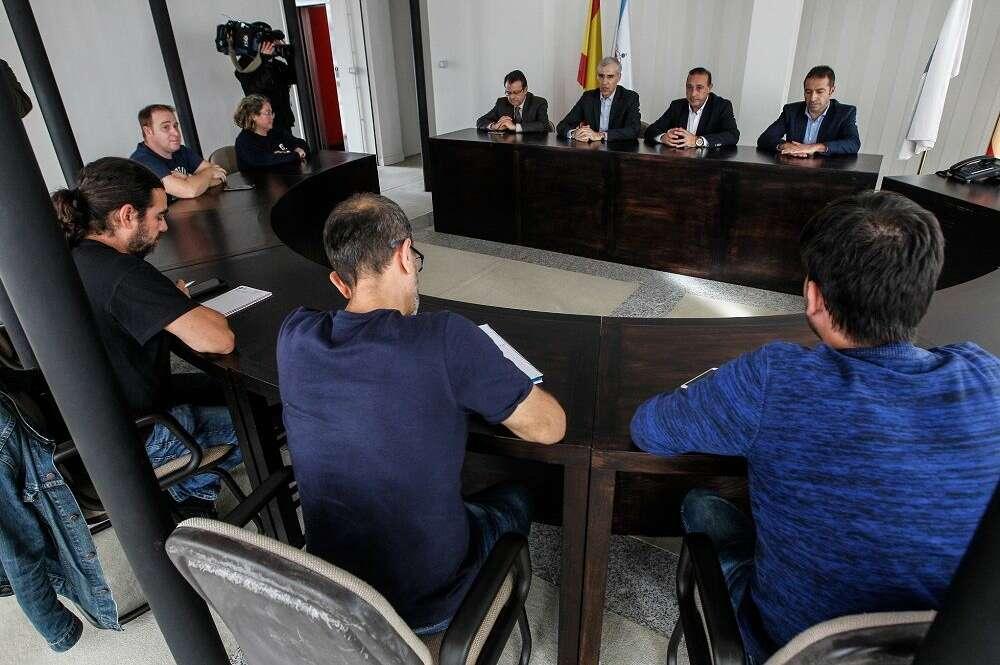 Xunta y Alcoa hacen piña y exigen el estatuto de las electrointensivas