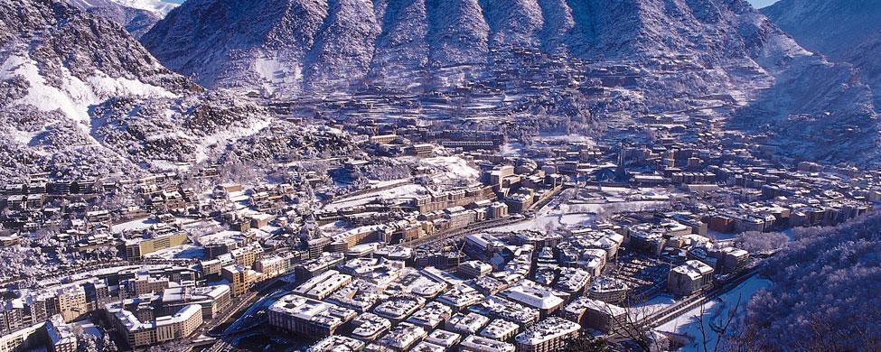 """Cuenta atrás para hacer """"desaparecer"""" depósitos y propiedades en Andorra sin regularizar"""