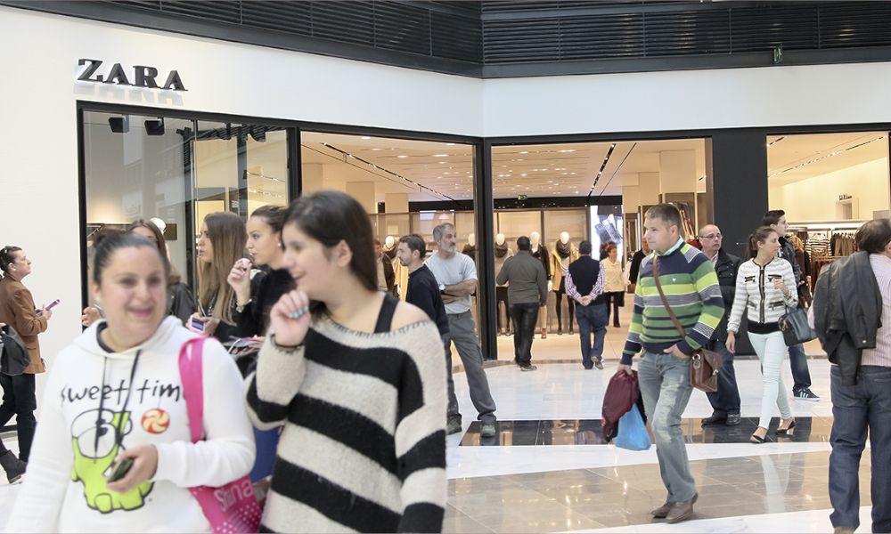 """Las tiendas de Inditex se rebelan: """"Somos empleados de segunda"""""""