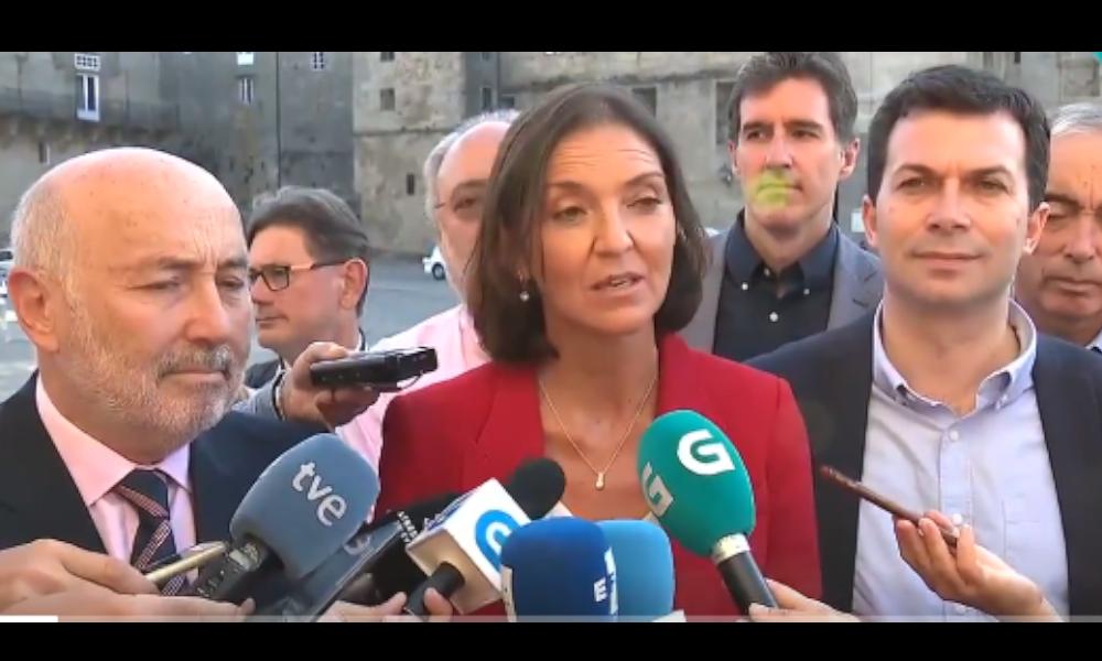 El Gobierno quiere que Feijóo se 'moje' y pida la abstención de Casado