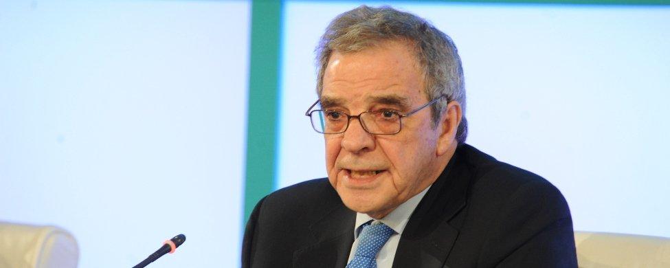 Competencia obliga a Telefónica, Vodafone y Orange a contribuir al servicio universal con 32 millones
