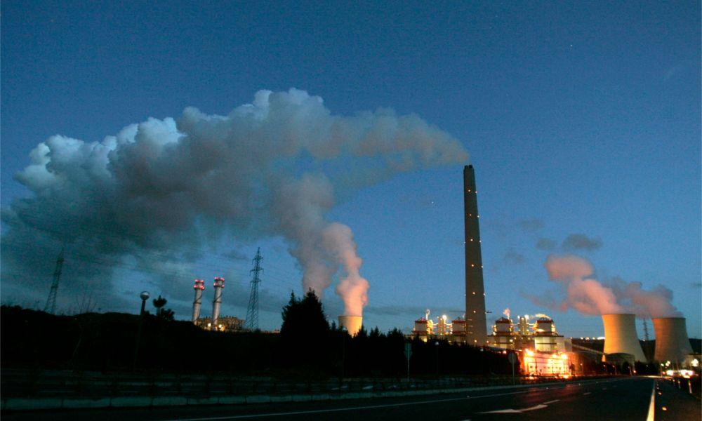 El cierre de la fábrica de Endesa en As Pontes entra en campaña