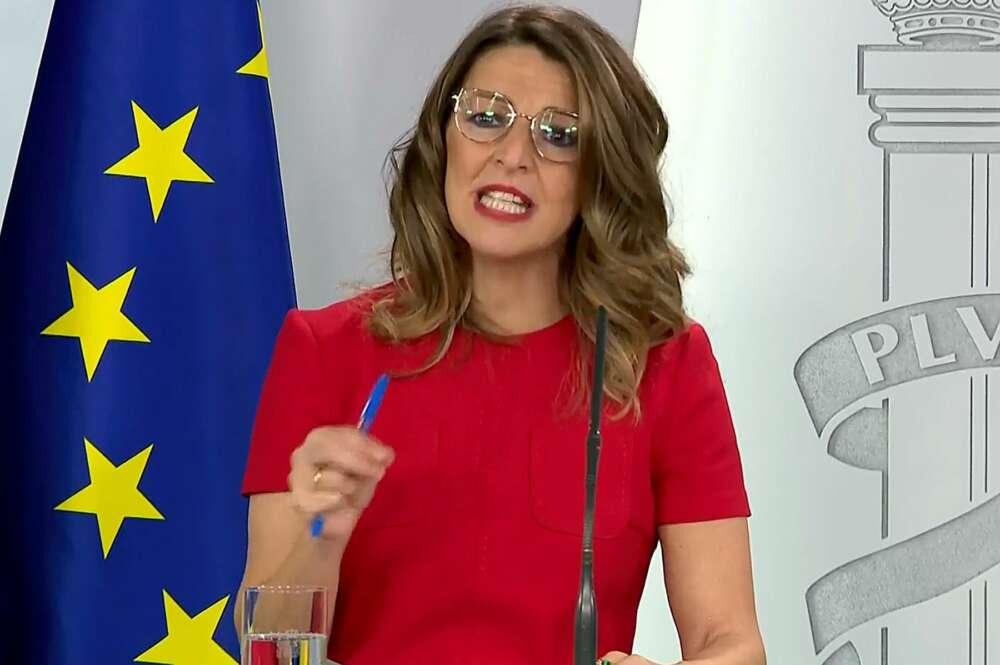 "Yolanda Díaz: ""Ustedes no son de ERTEs, son de devaluar salarios"""