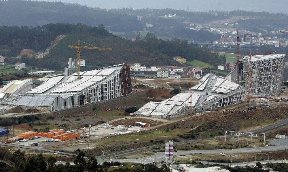 FCC tumba a la Xunta y se lleva los sobrecostes millonarios del Gaiás