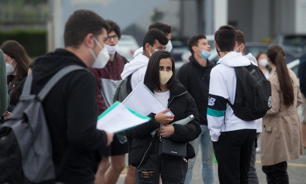 La Xunta contratará por vía exprés a 850 profesores para Secundaria