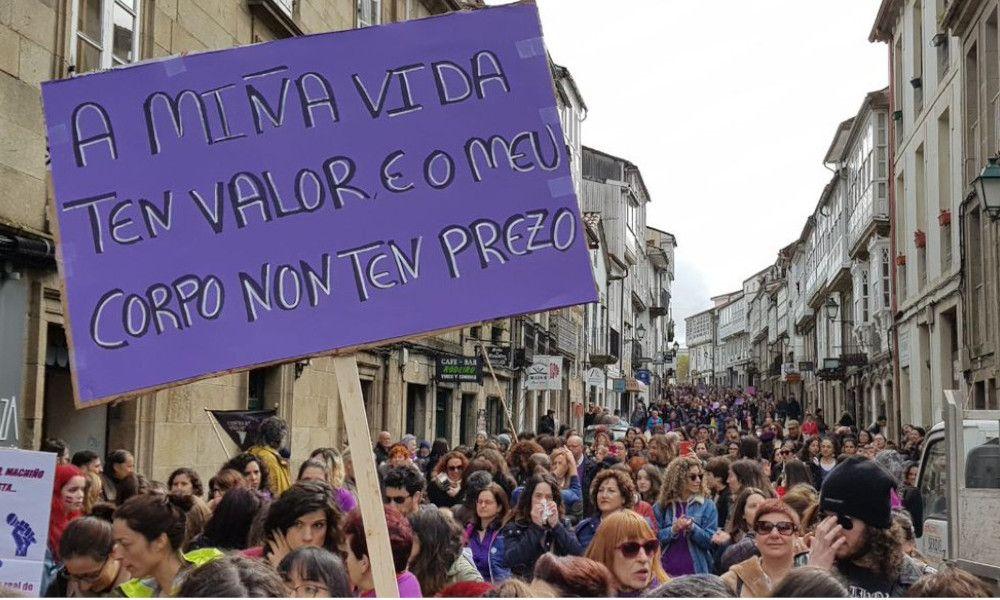 El 8M para el Parlamento y colapsa el centro de Santiago