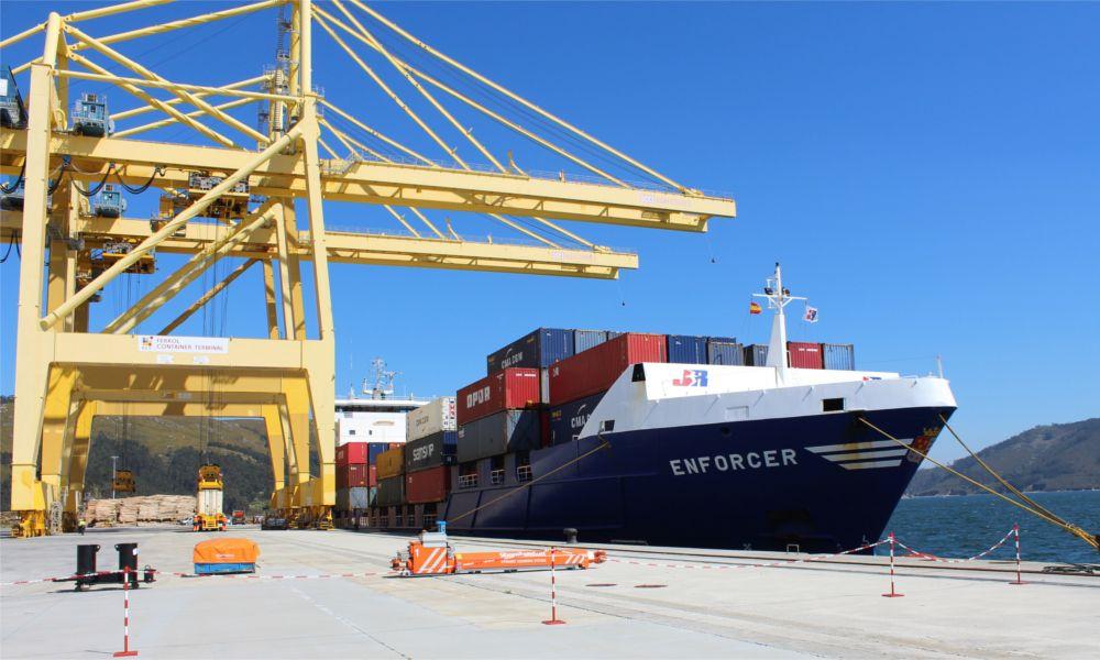 La unión de los puertos de A Coruña y Ferrol situaría a Galicia en el 'top ten'