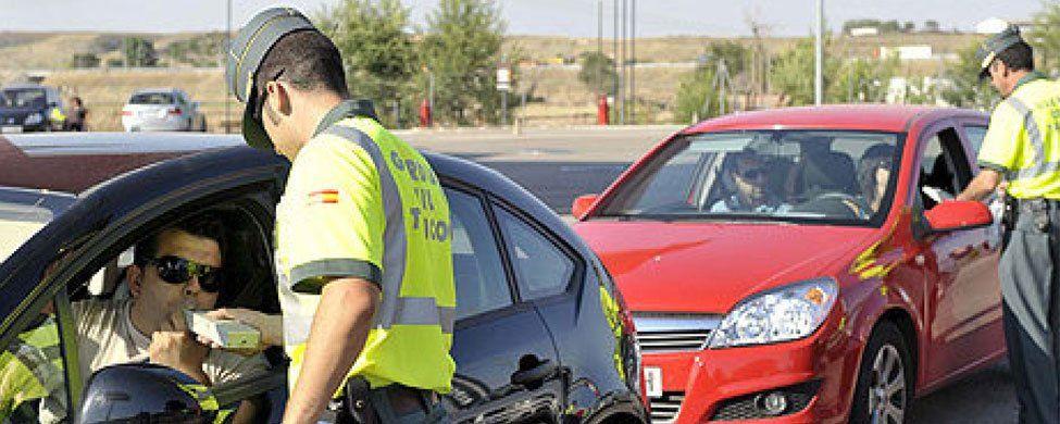 Los conductores borrachos evitarán la cárcel si colocan en su coche un aparato que bloquea el motor