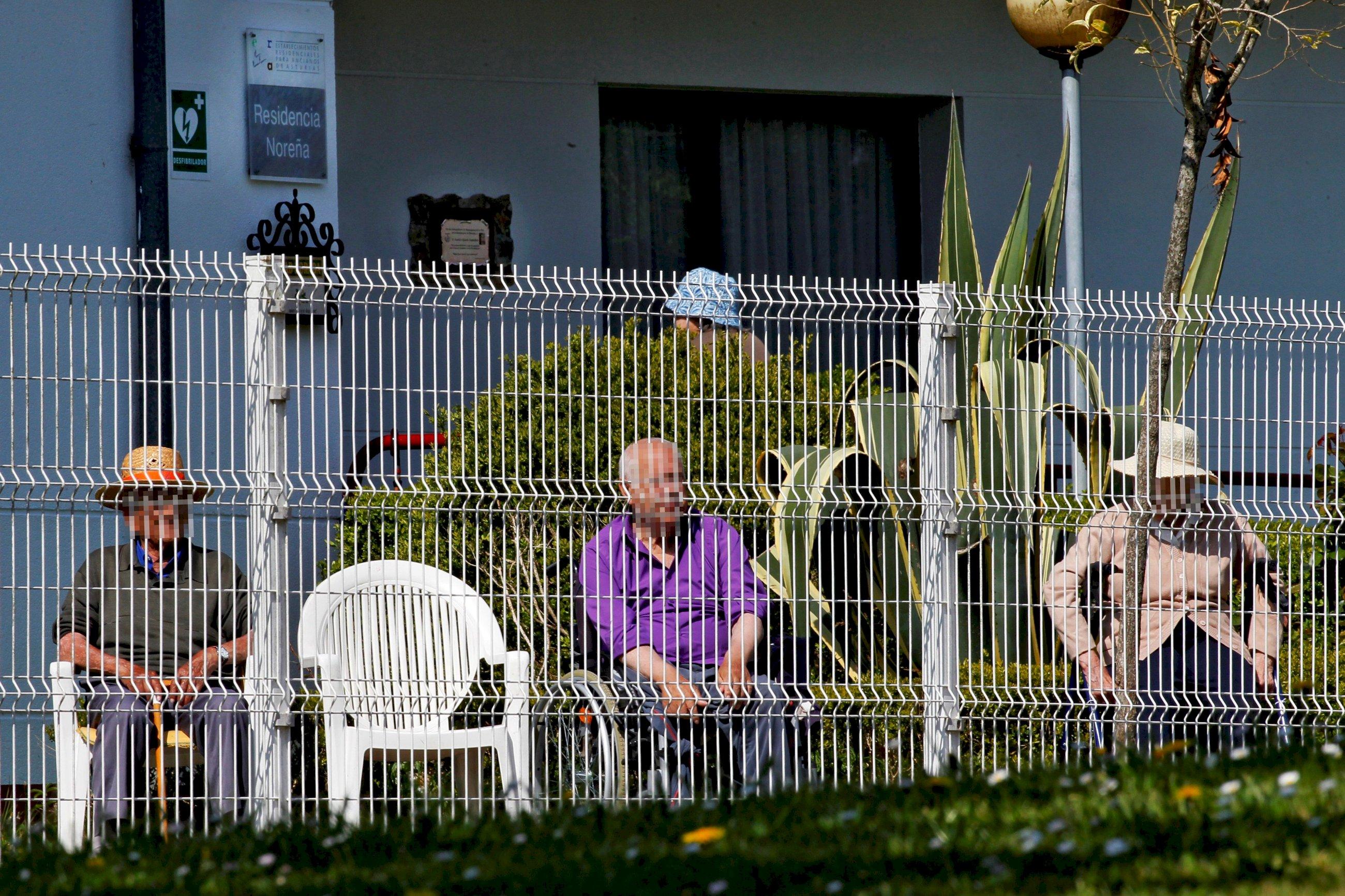 SOS de las residencias gallegas: más de 500 afectados y 30 fallecidos