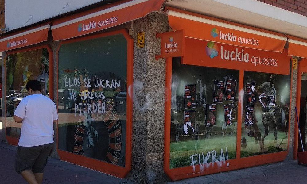 Ataques a las casas de apuestas de Luckia en Madrid