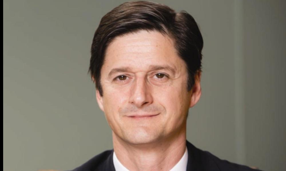 El coruñés Demetrio Salorio asciende a lo más alto de Société Générale