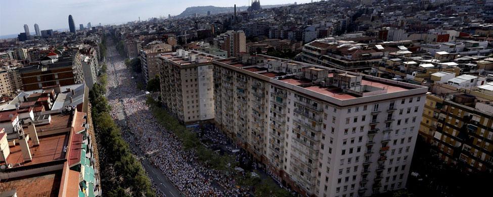 La banca que amenaza a Mas arriesga 10.000 millones en préstamos a la Generalitat y el 20% de sus activos