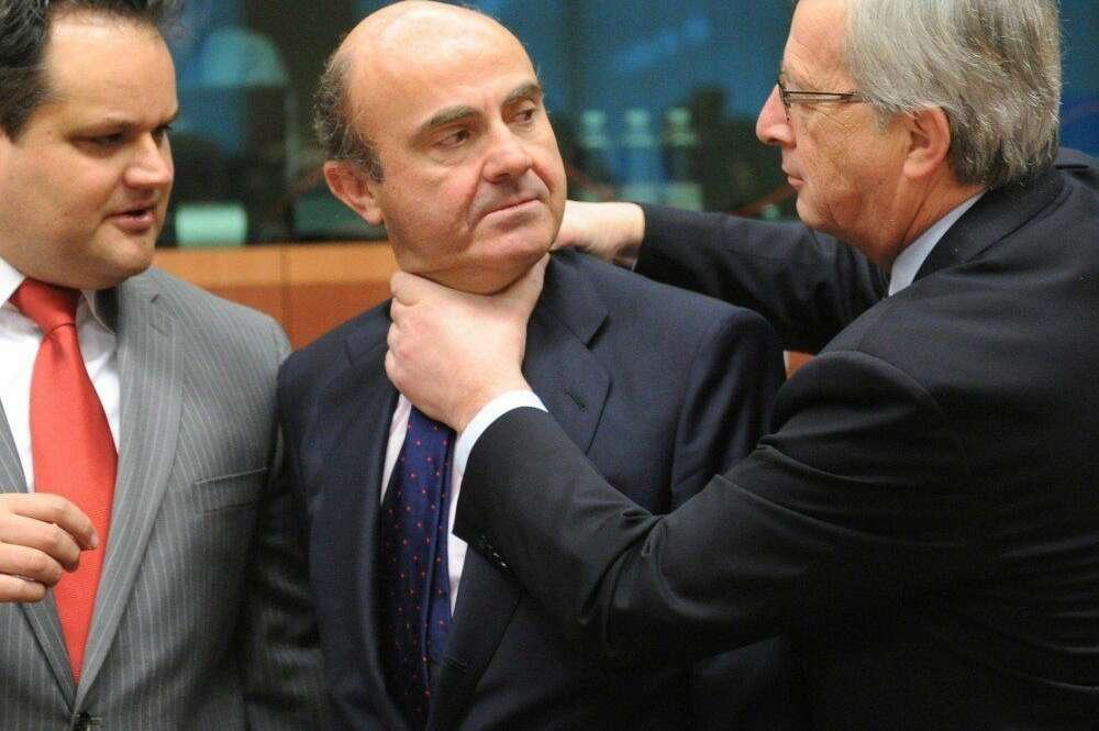 El Ecofin exigirá a Rajoy más IVA y atrasar la jubilación para apoyar el rescate a la banca