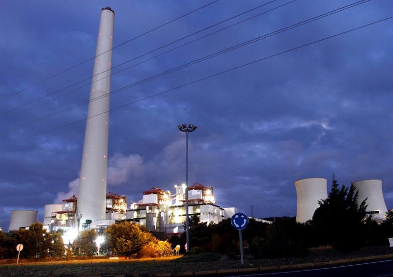 Galicia diseña un 'boom' de renovables en plena agonía industrial