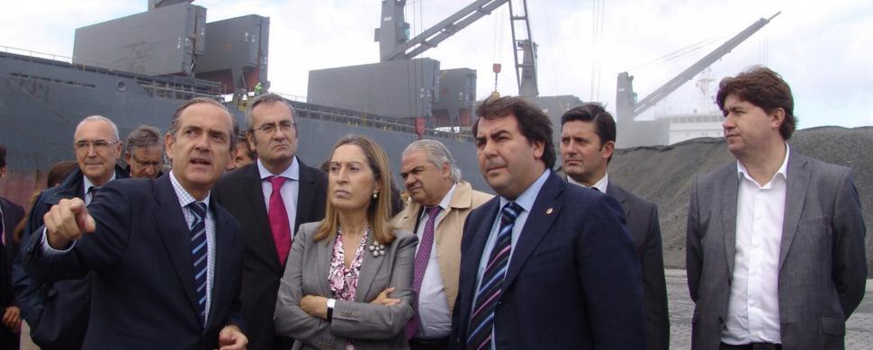 Marea Atlántica regaña al Puerto y pide que renegocie la financiación de Langosteira
