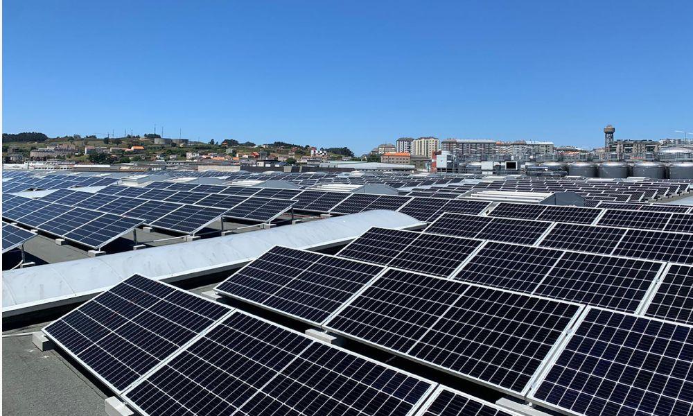 Estrella Galicia redobla su apuesta verde con una planta fotovoltaica