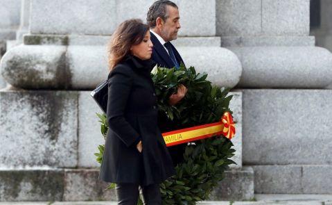 Familiares del dictador Franco acuden a la exhumación en el Valle de los Caídos. EFE