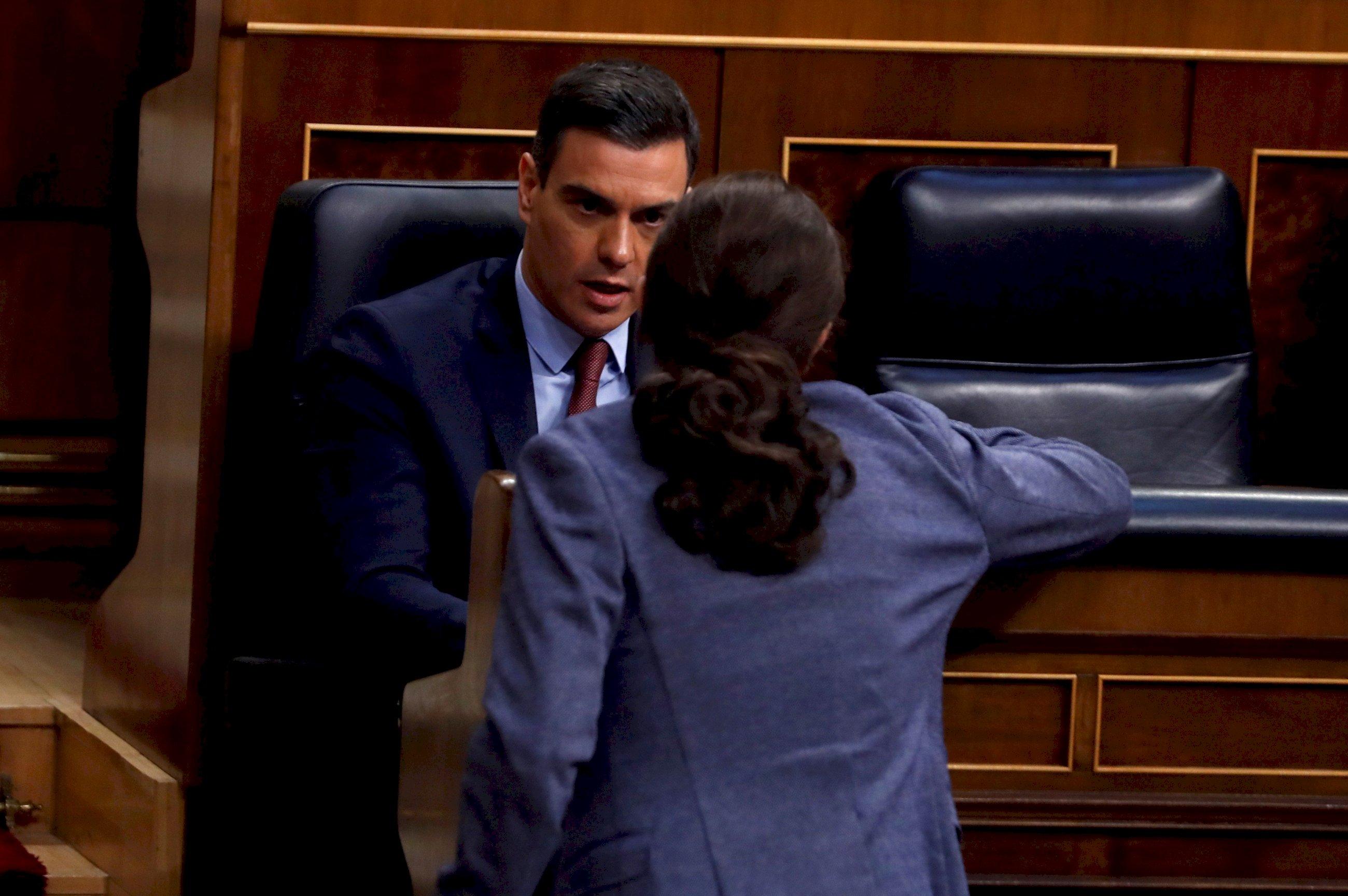 Iglesias radicaliza su pacto con el PSOE para cerrar el paso a Cs