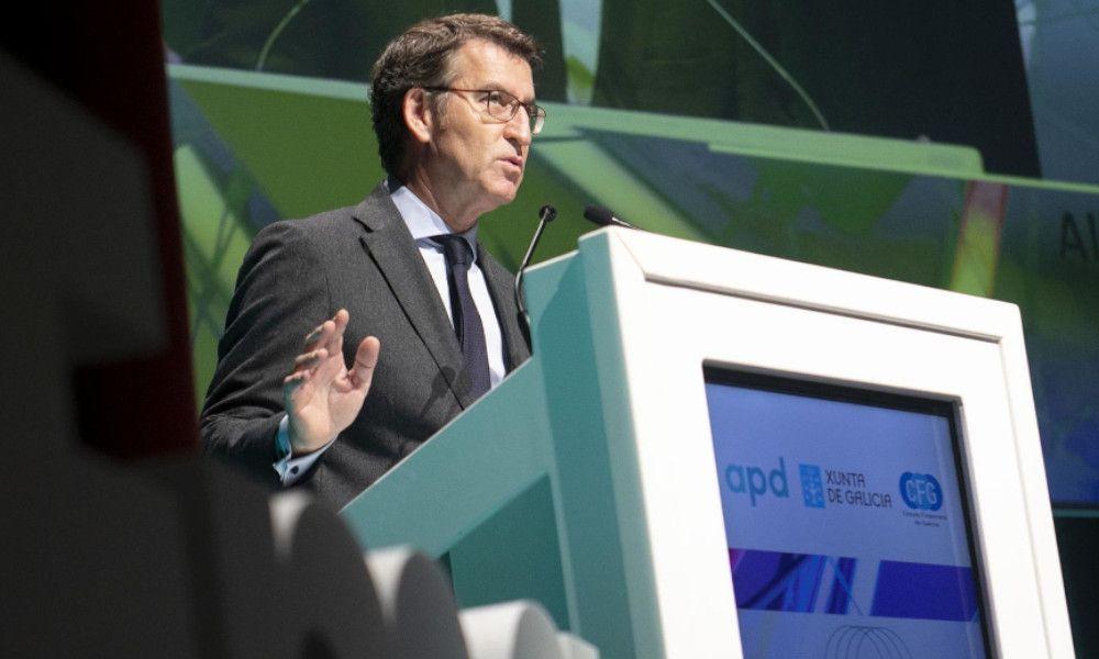 """Feijóo llama a invertir en Galicia frente a la """"discordia de Cataluña"""""""