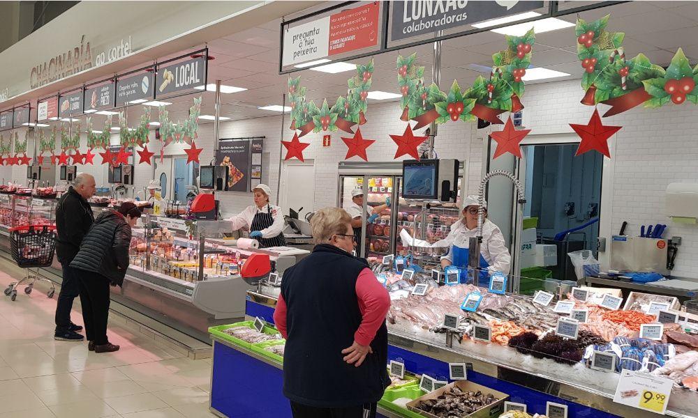 Vegalsa-Eroski inaugura el nuevo supermercado Familia de Ribadumia