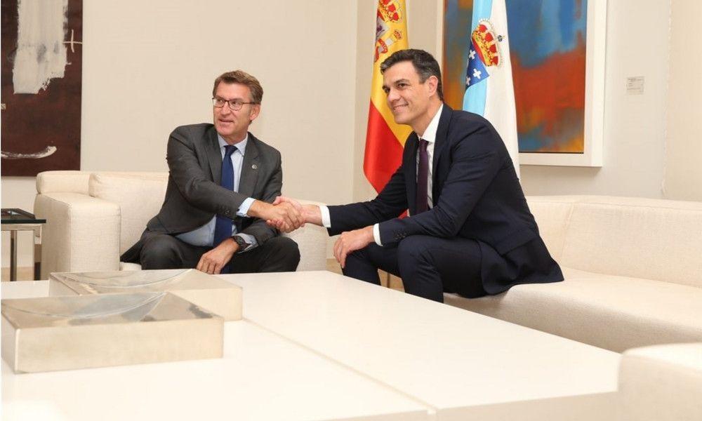 Pedro Sánchez promete a Feijóo que el AVE llegará a Galicia en 2019